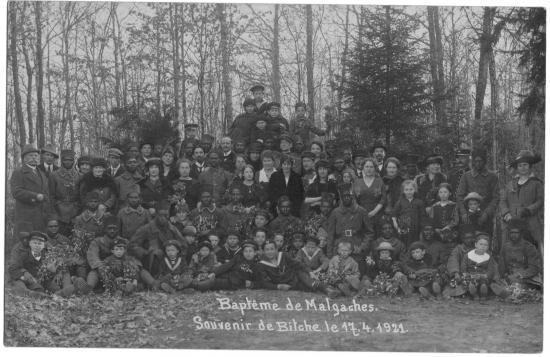 1921-Bapteme-de-malgaches-.jpg