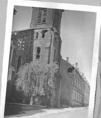 1945-Leglise-apres-la-Guerre-2.jpg